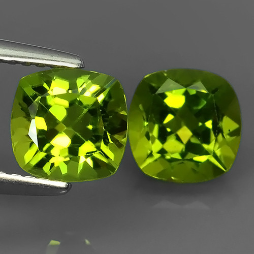 3.75 CTS~JEWEL SET! PERIDOT WORLD SERIES BEAUTIFUL CUSHION PARCEL!!