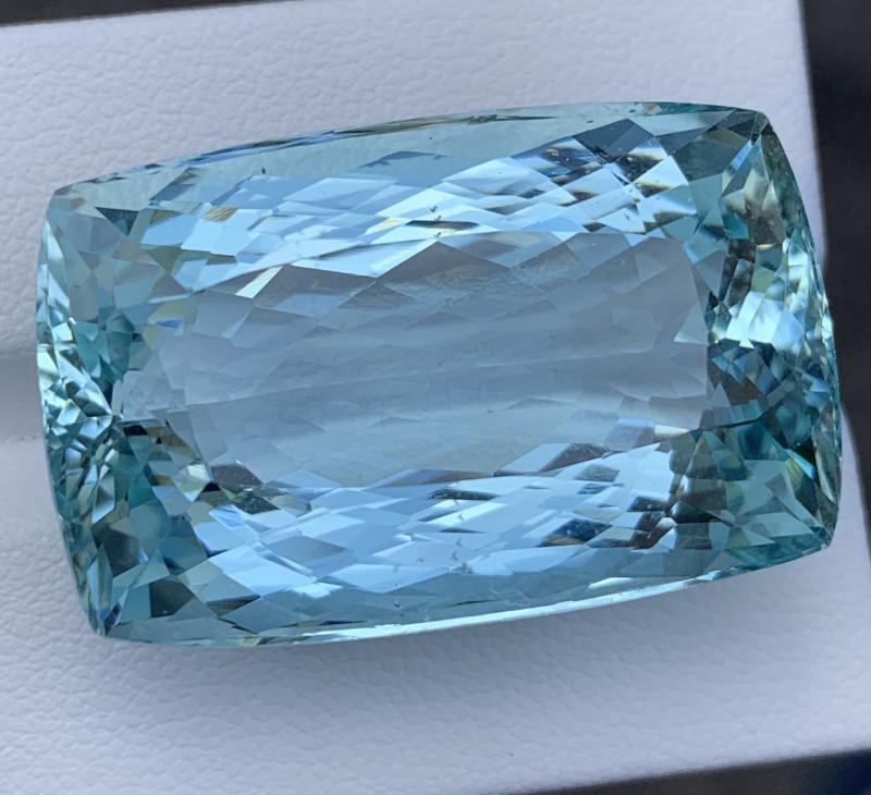 75 Carats Aquamarine Gemstones