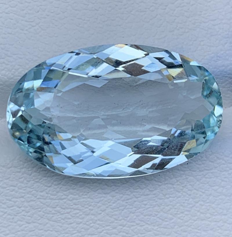 13.42 Carats Aquamarine Gemstones