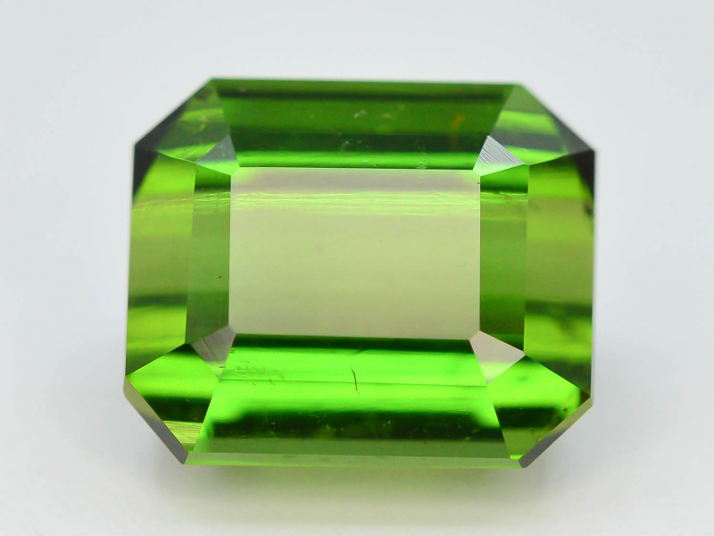 Top Grade 6.80 ct Natural Green Color Tourmaline