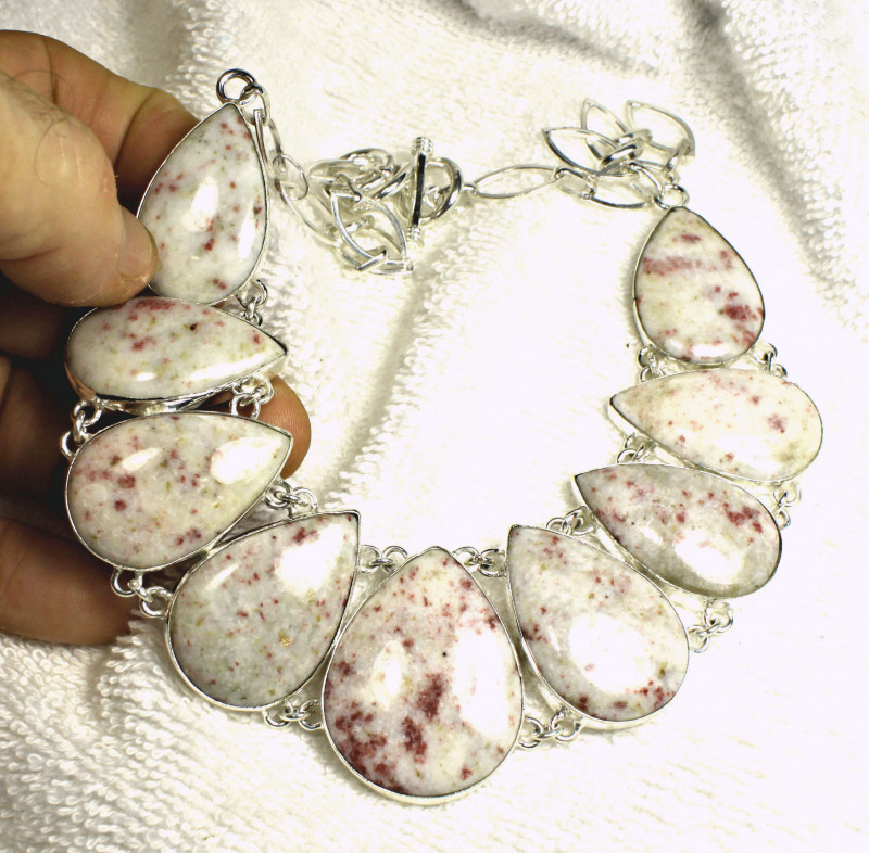 490.0 Tcw. Cinnabar Jasper / Sterling Silver Necklace - Gorgeous