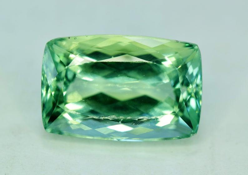 20.05 Grams Amazing Lush Green Hiddenite Kunzite Gemstone