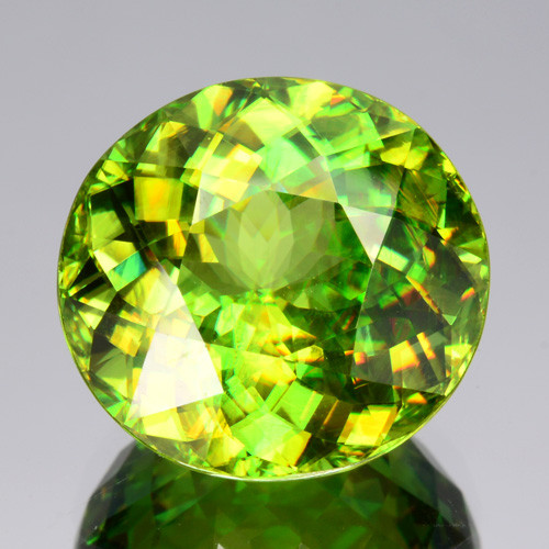 5.44 Cts Natural Sphene Olive Green Round Russia Gem