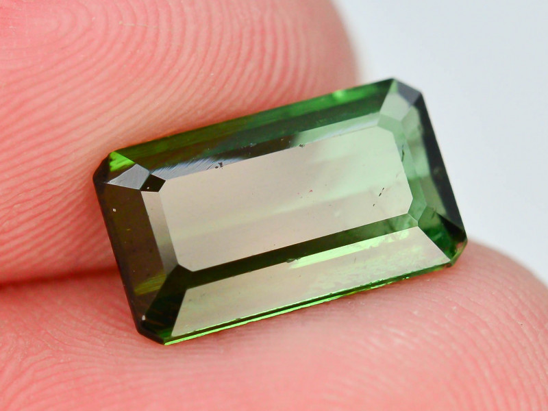 Top Color 2.70 ct Natural Green Color Tourmaline ~ N