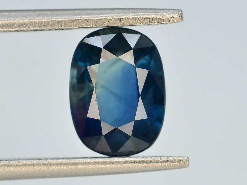 AAA Grade 2.25 ct Natural Blue Color Sapphire