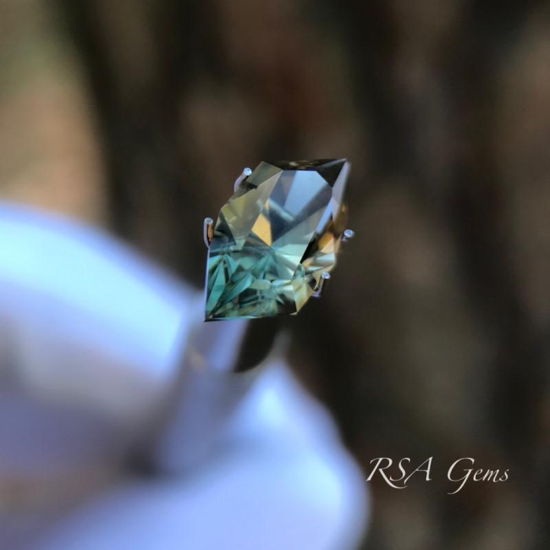 Original Design Oregon Sunstone - 2.63 carats