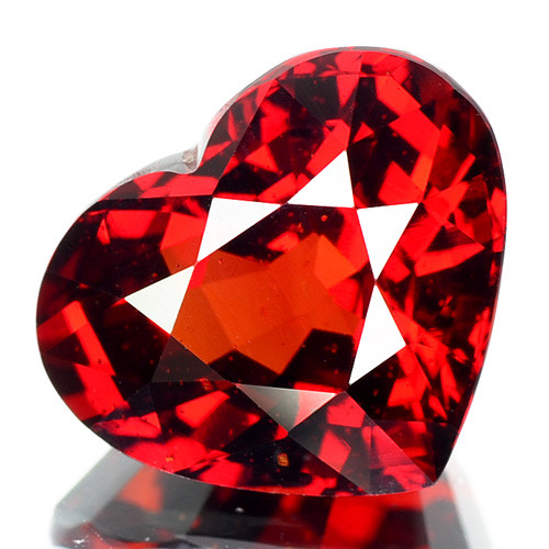 8.15 Cts Unheated Natural Red Spessartite Garnet Heart Cut Namibia (Vdo