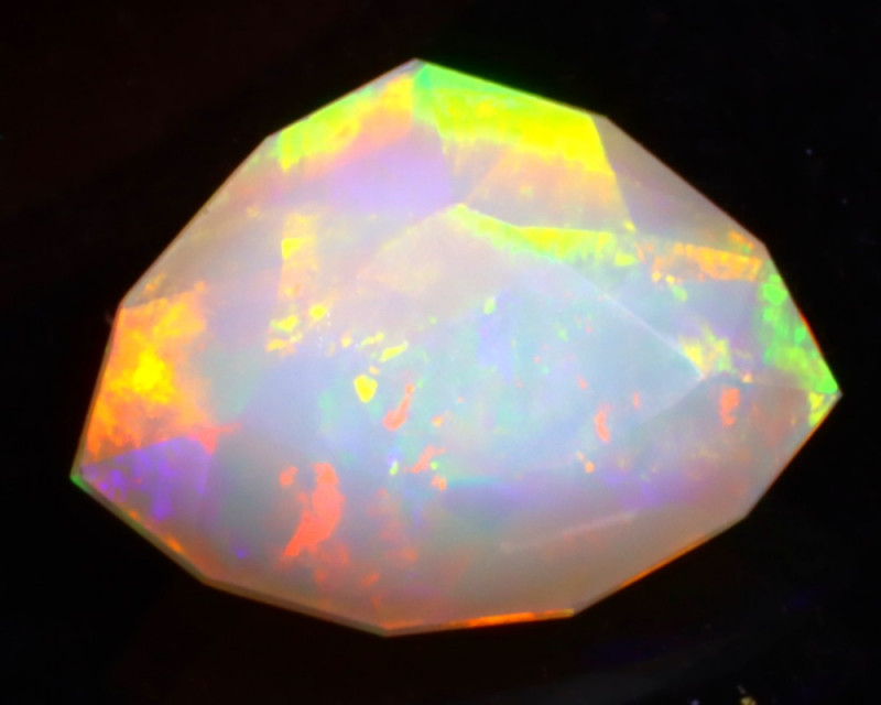Welo Opal 1.44Ct Ethiopian Faceted Welo Opal DN21
