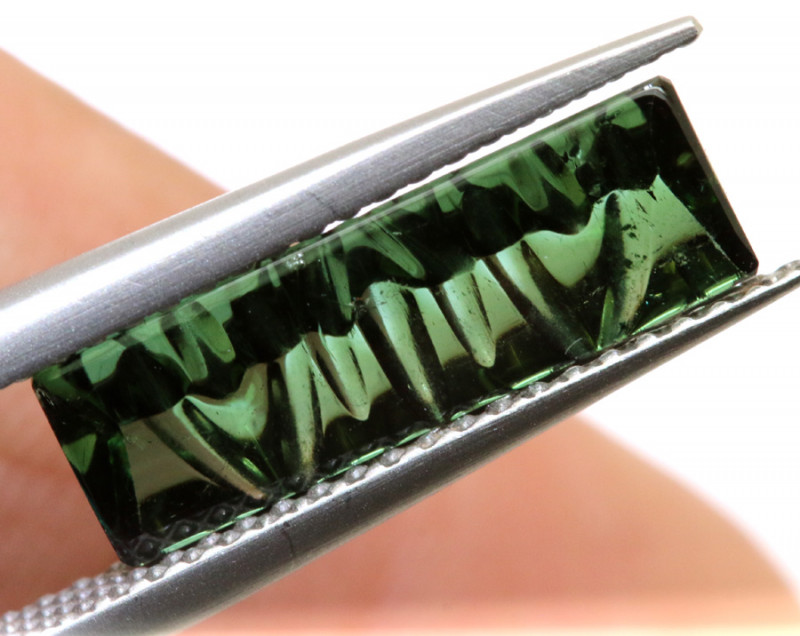 2.34-CTS  TOURMALINE   CARVED  PG-3221