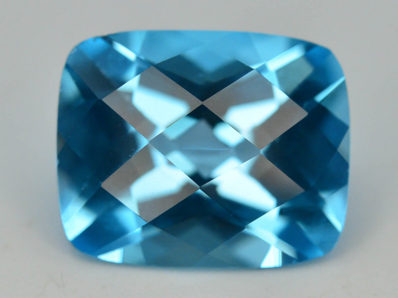 Brillient Cut 6.30 ct Top Color Blue Topaz ~ Swiss
