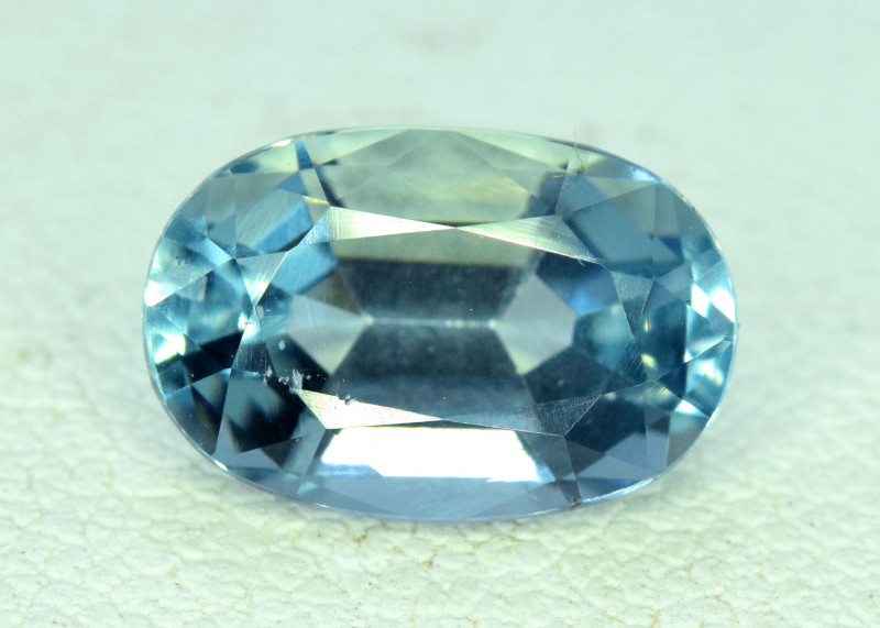 2.40 cts Aquamarine Gemstone