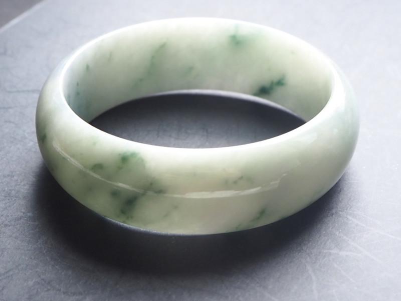 Natural Type A Jadeite bangle