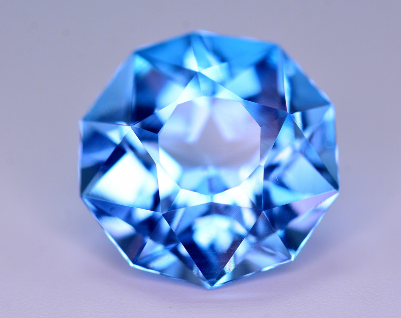 Stunning 14.90 Ct Natural Blue Topaz Gemstone