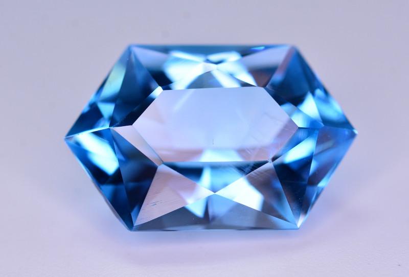 Stunning 15.90 Ct Natural Blue Topaz Gemstone