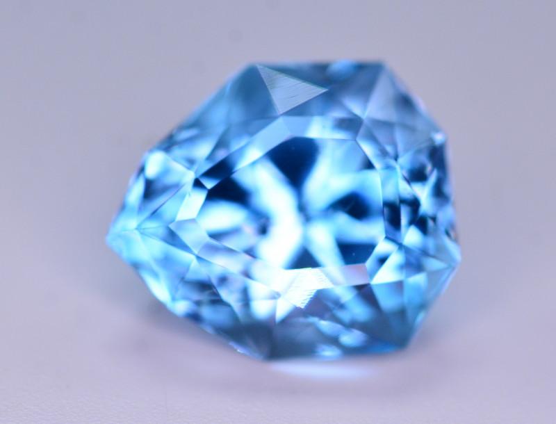 Stunning 9.60 Ct Natural Blue Topaz Gemstone