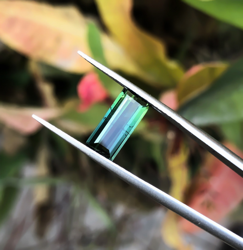 1.75  Ct Natural Bi Color Transparent Tourmaline Gemstone