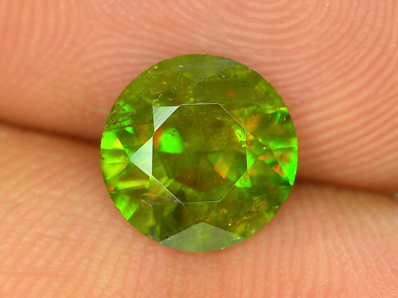 AAA Color 2.40 ct Chrome Sphene from Himalayan Range Skardu Pakistan