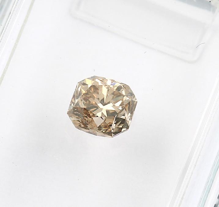 0.57ct Natural Fancy yellowish Brown Diamond IGI certified  VS