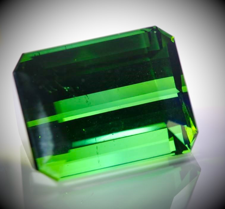 Green Tourmaline 74.50ct Natural Untreated