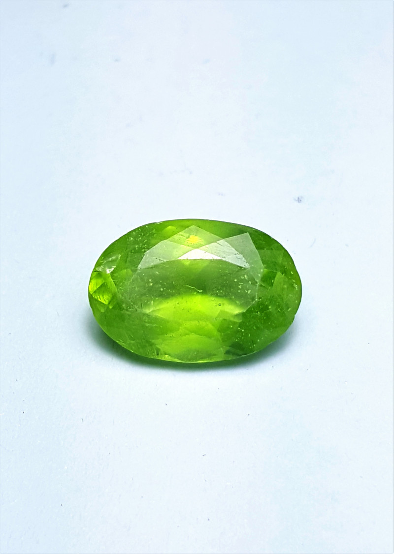 Amazing Natural color Peridot stone have good color 5.20Cts-Pak