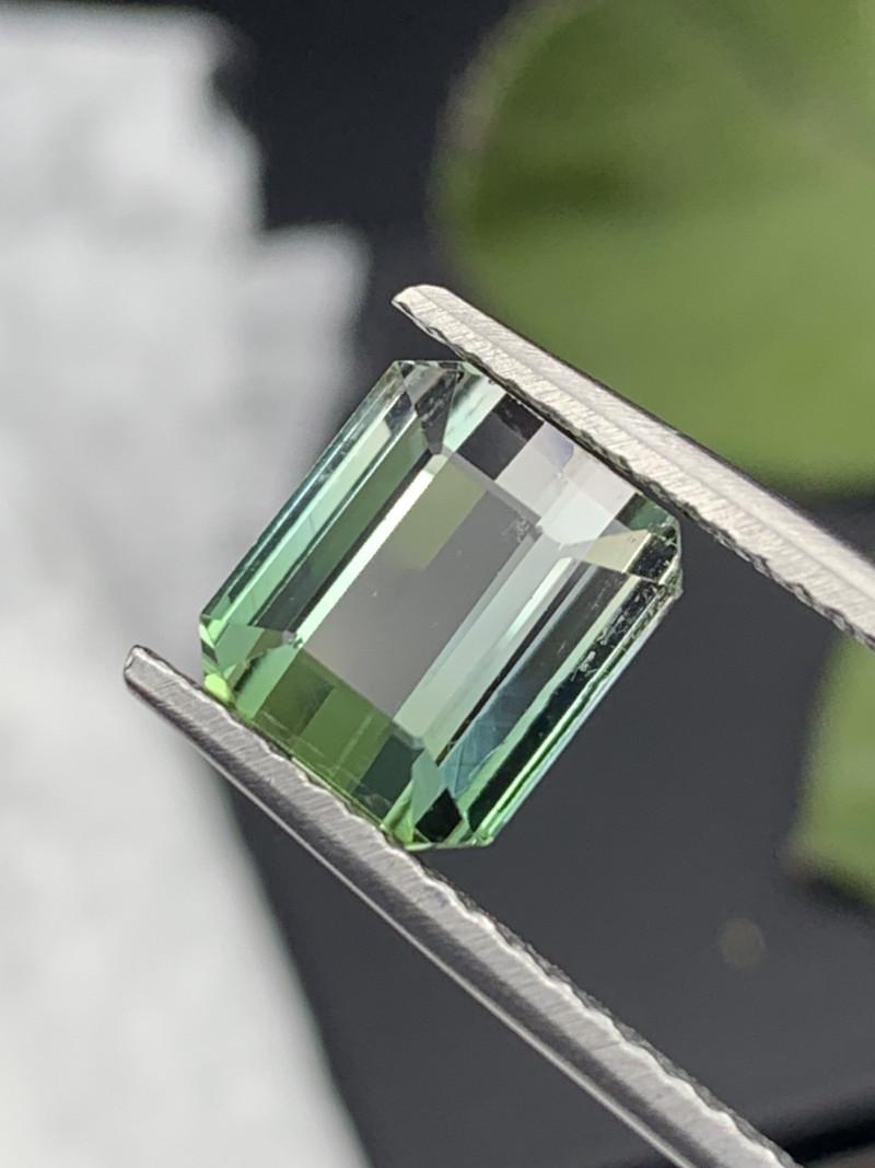 4.75 Carats Amazing Quality Natural Bi Color Tourmaline