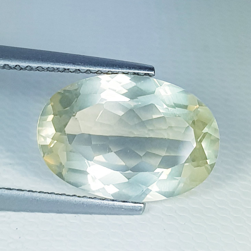 4.80 ct Top Quality Gem Stunning Oval Cut Natural Scapolite