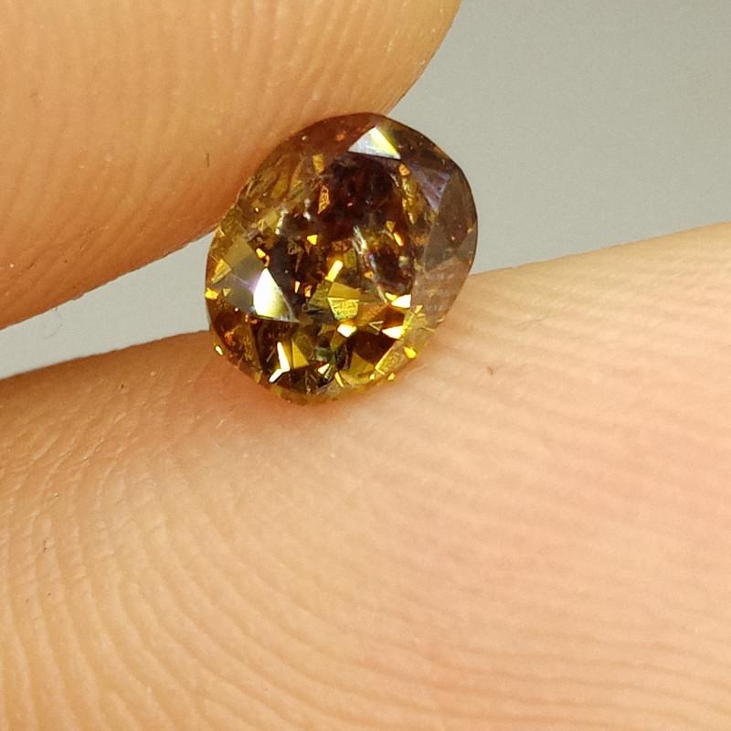 0.91ct  Fancy  Chamelion Color Diamond , 100% Natural Untr