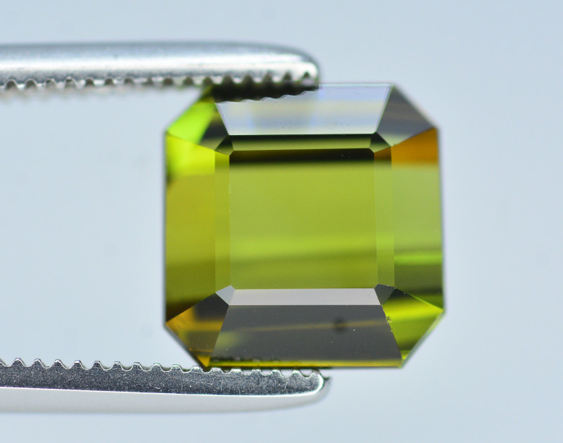 6.05 CT NATURAL TOURMALINE GEMSTONE