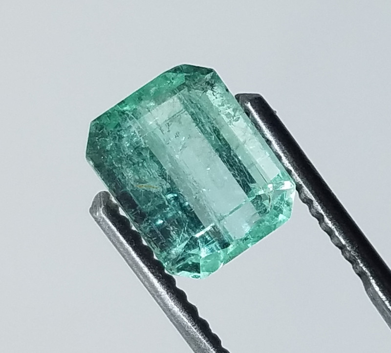 2.40 CT  Panjshir Afghanistan Emeralds Cut