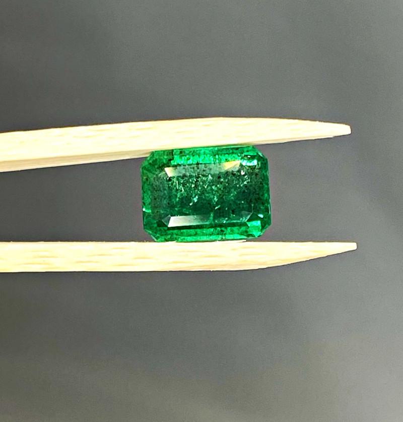 Big 3.33 ct Emerald