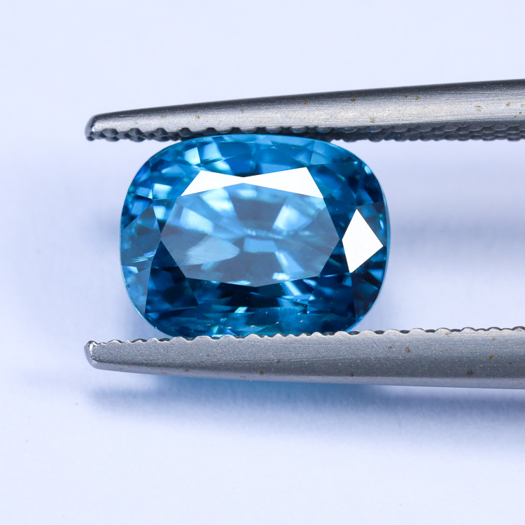 4.88ct Lab Certified Blue Zircon