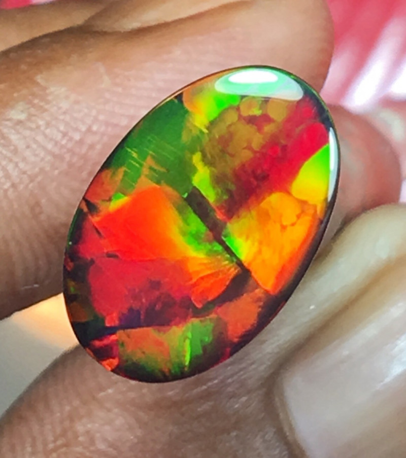 4.25 CT FLAG PATTERN SMOKED OPAL TOP OPALS