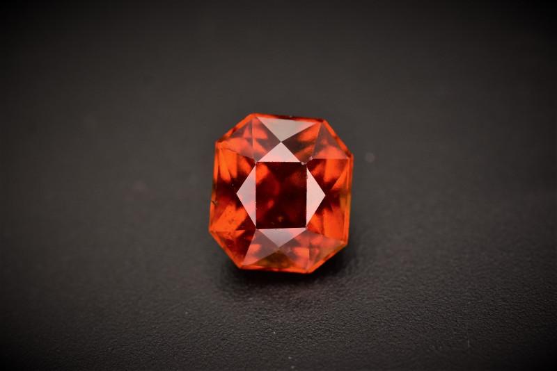 Beautiful Garnet 3.90 carats