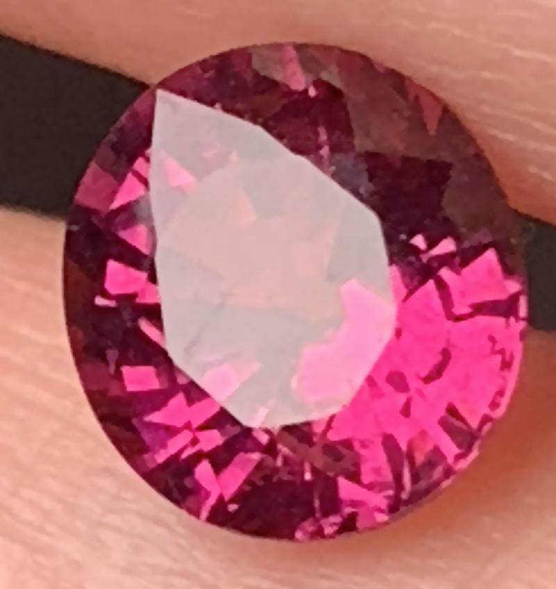 1.87ct Gorgeous Dark Crimson Rhodolite Garnet -   No Reserve