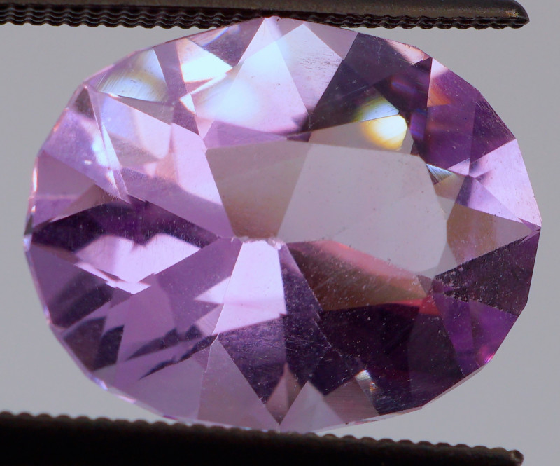 FREE SHIP! MASTER CUT! 5.15 CT Pinkish Purple Amethyst (Uruguay)