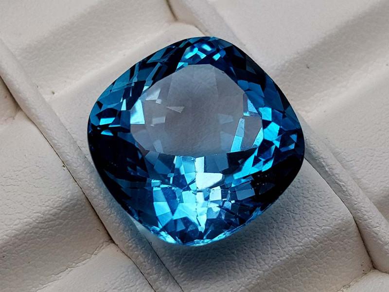 27.45Crt Natural Blue Topaz Stone JIBT02