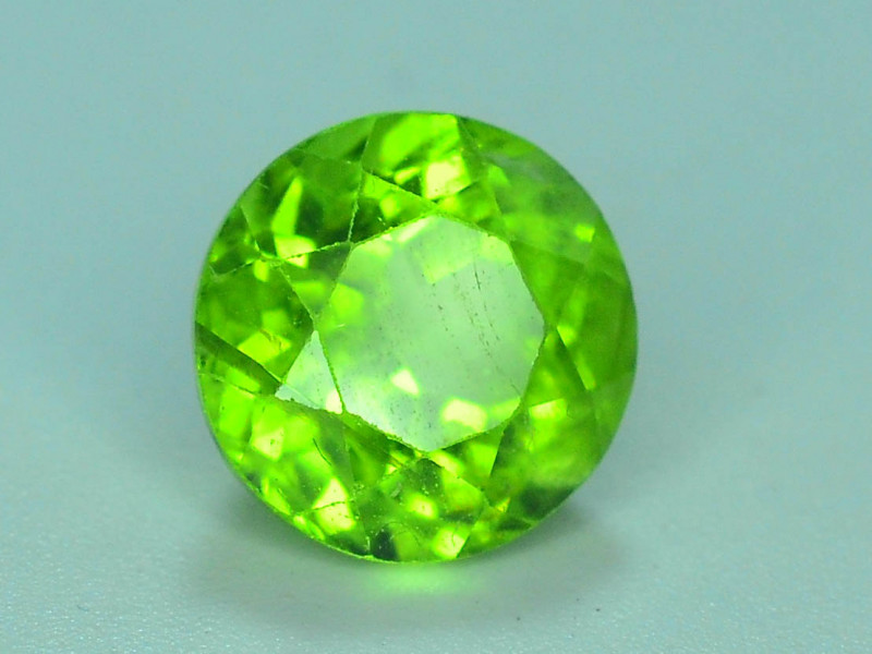 2.90 Ct Natural Green Peridot