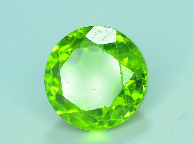 3.15 Ct Natural Green Peridot