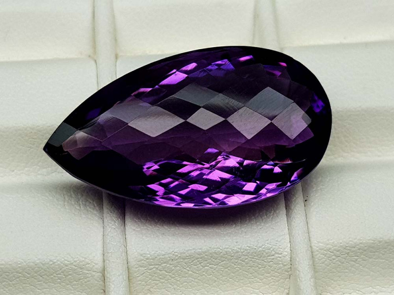 29.75Crt Natural Amethyst Stone JIAM24