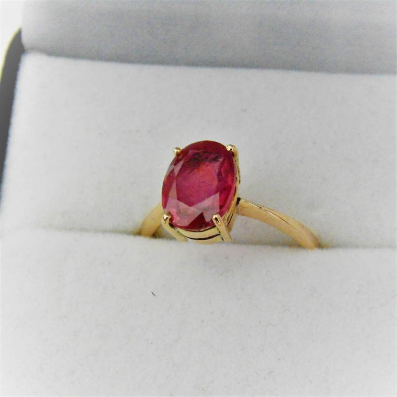 10Kt Solid Gold Sapphire Ring