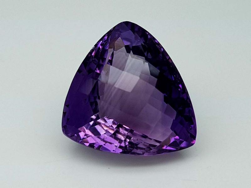 22.65Crt Natural Amethyst Stone JI87