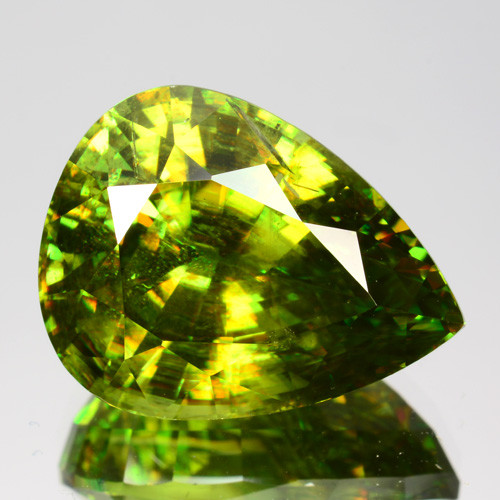 ~GLITTERING~ 8.95 Cts Natural Sparkly Green Sphene Pear Cut Russia