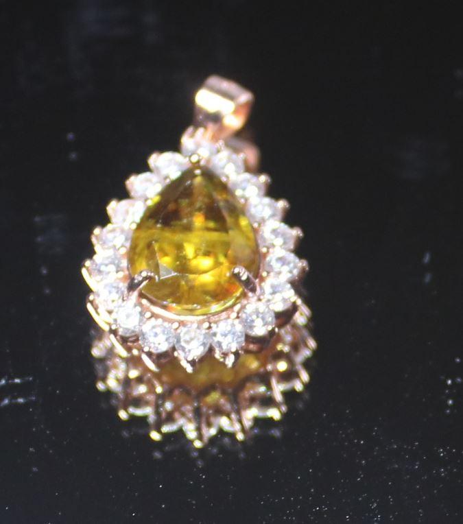 Sphene 2.85ct Rose Gold Finish Solid 925 Sterling Silver Pendant