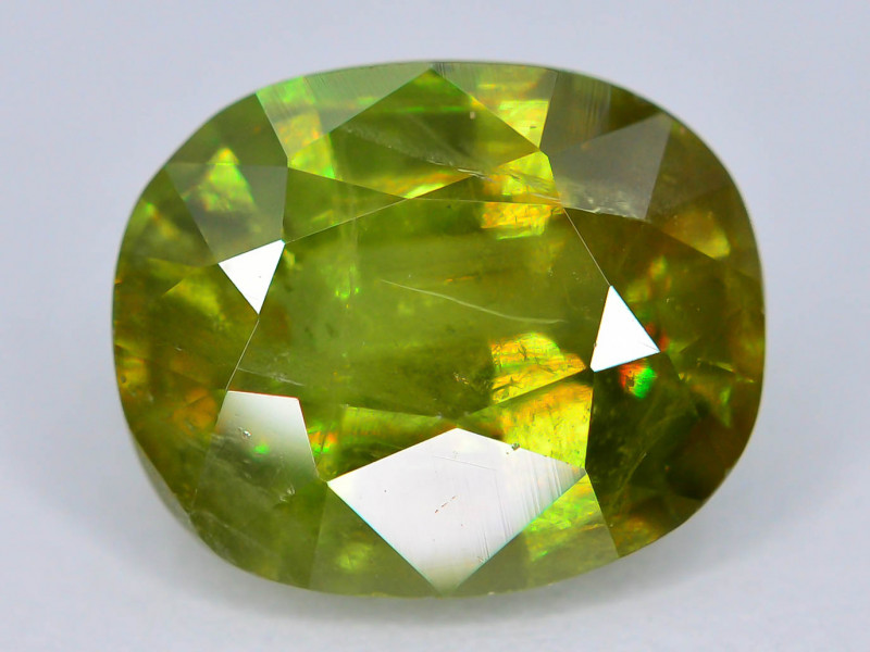 AAA Sparking 2.80 ct Mezmarizing Dispersion  Sphene