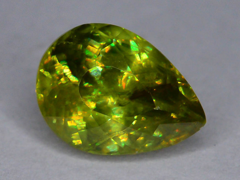Top Fire 1.35 ct Natural Sphene