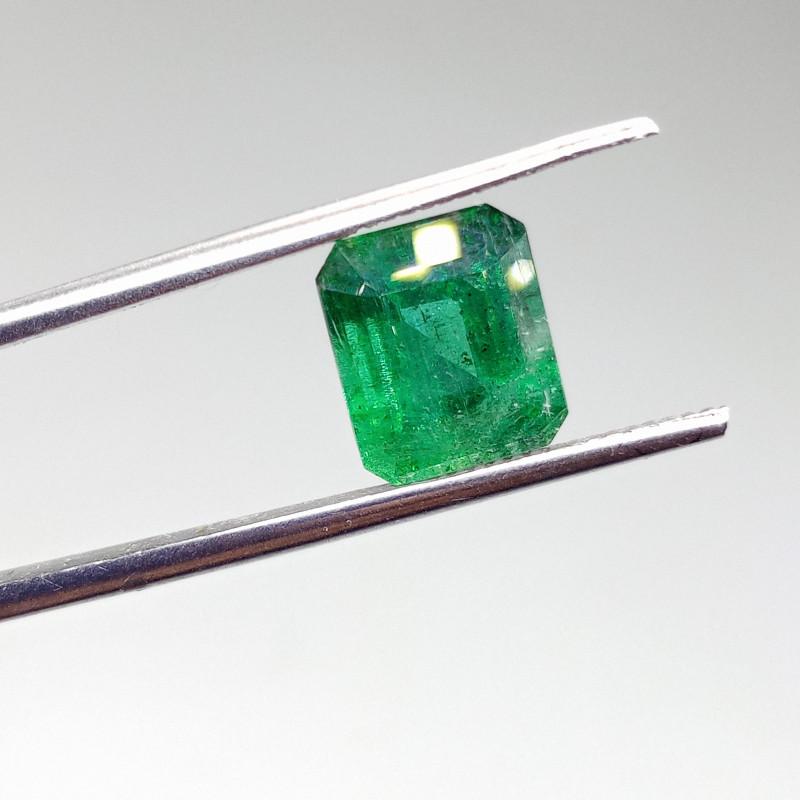 Vivid 4.38cts  Emerald , 100% Natural Gemstone