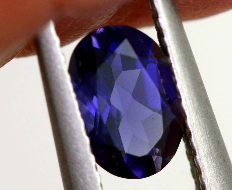 0.60-CTS TANZANITE FACETED GEMSTONE  RNG-93