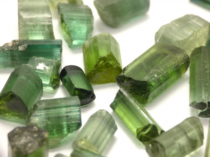 200Ct Natural Tourmaline Facet Rough Parcel