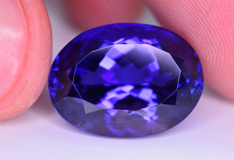 Natural Tanzanite 22.35 Ct  AAA Color Top Quality  ~ Gorgeous