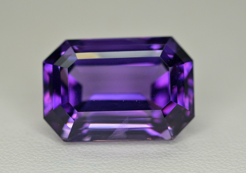 23.55  Ct Amazing Color Natural Amethyst ~ Uruguay